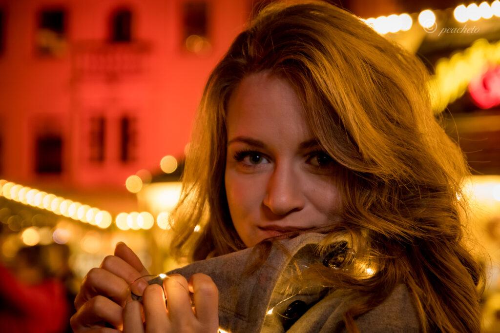 Anika Weihnachtsmarkt Meißen Portrait Weihnachtsmarkt-Shooting