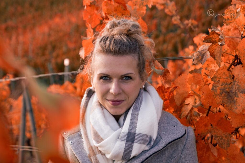 Wenn im Herbst die Blätter von den Bäumen stürzen ... 12